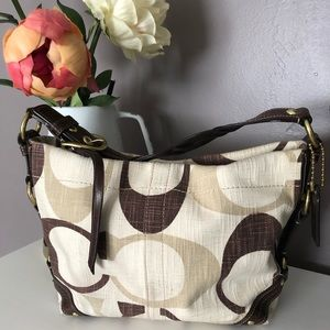 Coach Carly medium size handbag purse